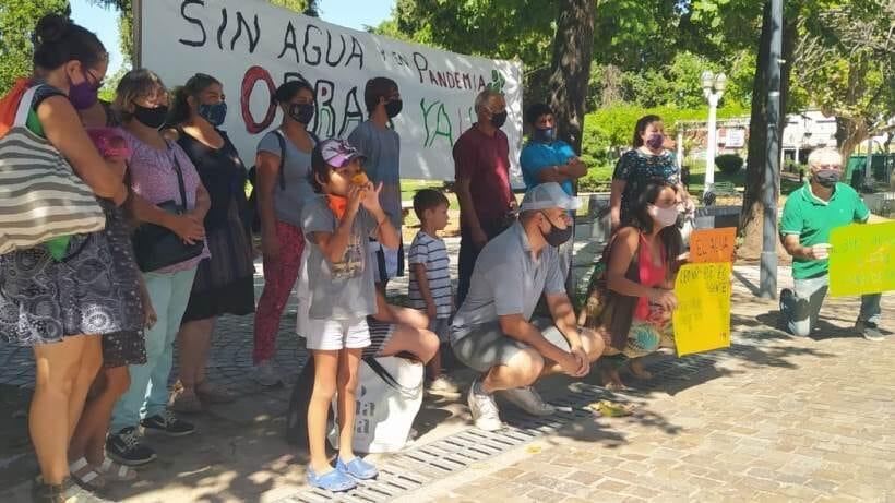Agua corriente: vecinos afectados volvieron a movilizar al Municipio