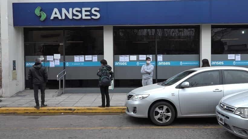 Los 15 mil pesos de ANSES se empezarán a pagar el lunes 26