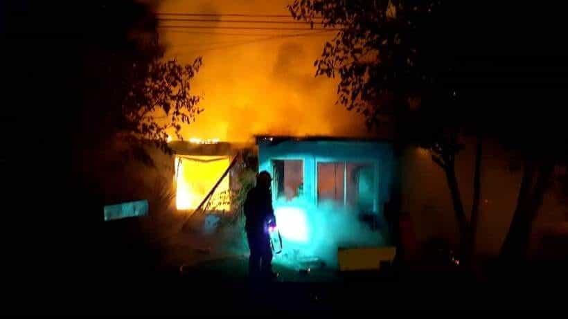 Voraz incendio en una panadería del barrio Juan XXIII
